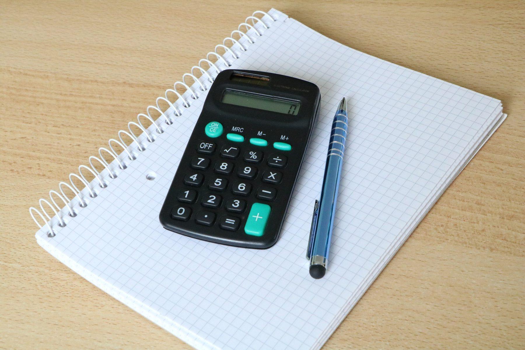 calculator-1600025_1920 (1)